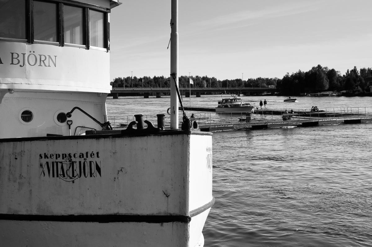 Båtar vid kajen, Umeå. Fotograf Lars-Göran Norlin
